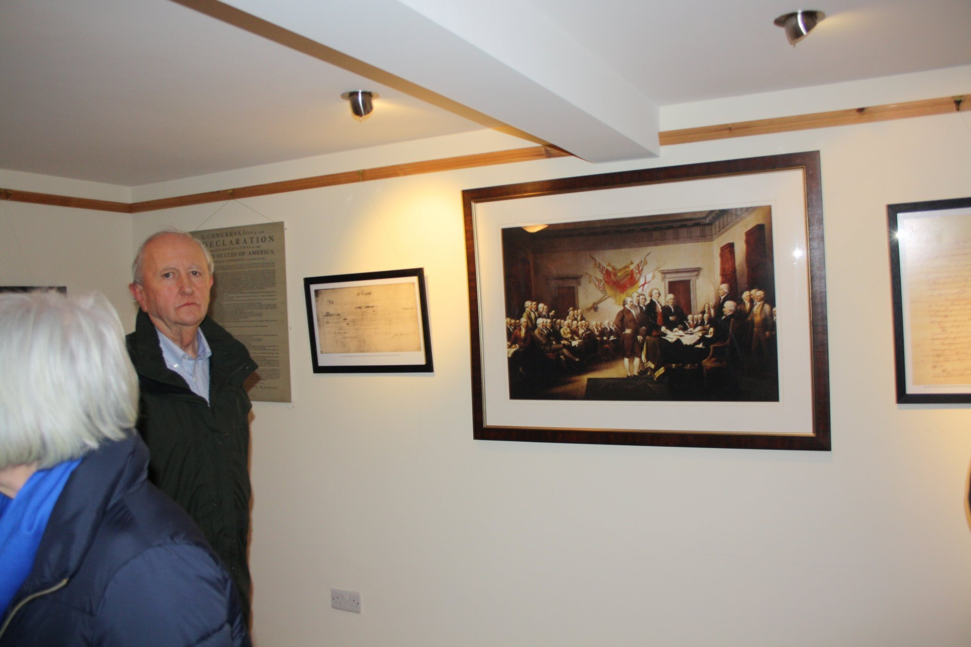 Graham Mawhinney with painting of the Continental Congress